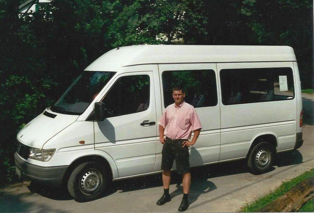 2000 A Juli erster Bus