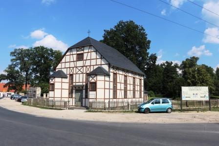 58 RR Polen Lomnitz das Bethaus hat vor kurzem geöffnet