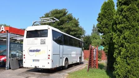 63 RR Polen Buswäsche in Jelenia Gora