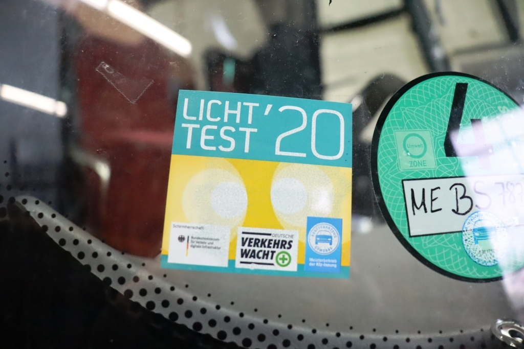 14 Plakete Lichttest 2020