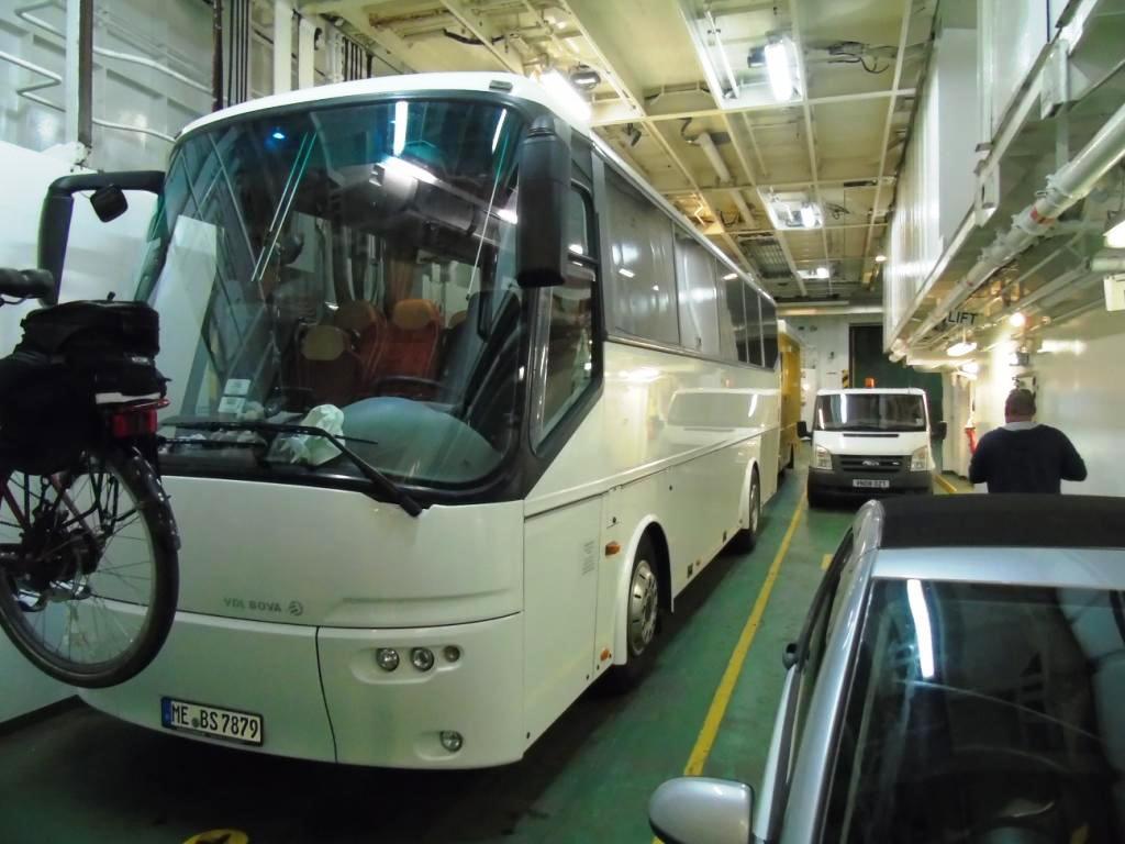 11 unser Bus kommt mit