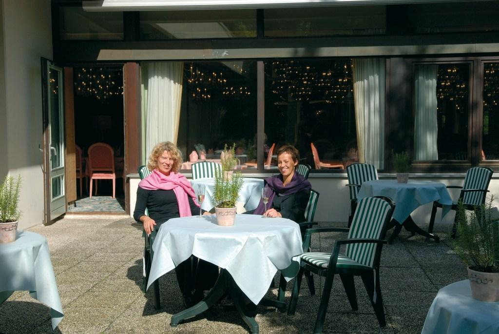 3 Bad Salzuflen Hotelrestaurant_Sonnenterrasse