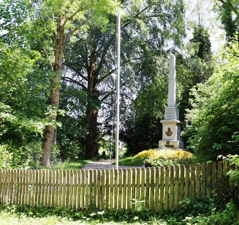 5 Reise Bad WörishofenDenkmal Geburtshaus Sebastian Kneipp (1)