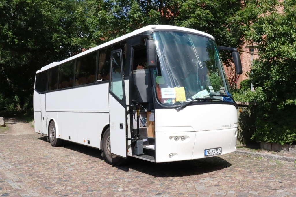7 Bus