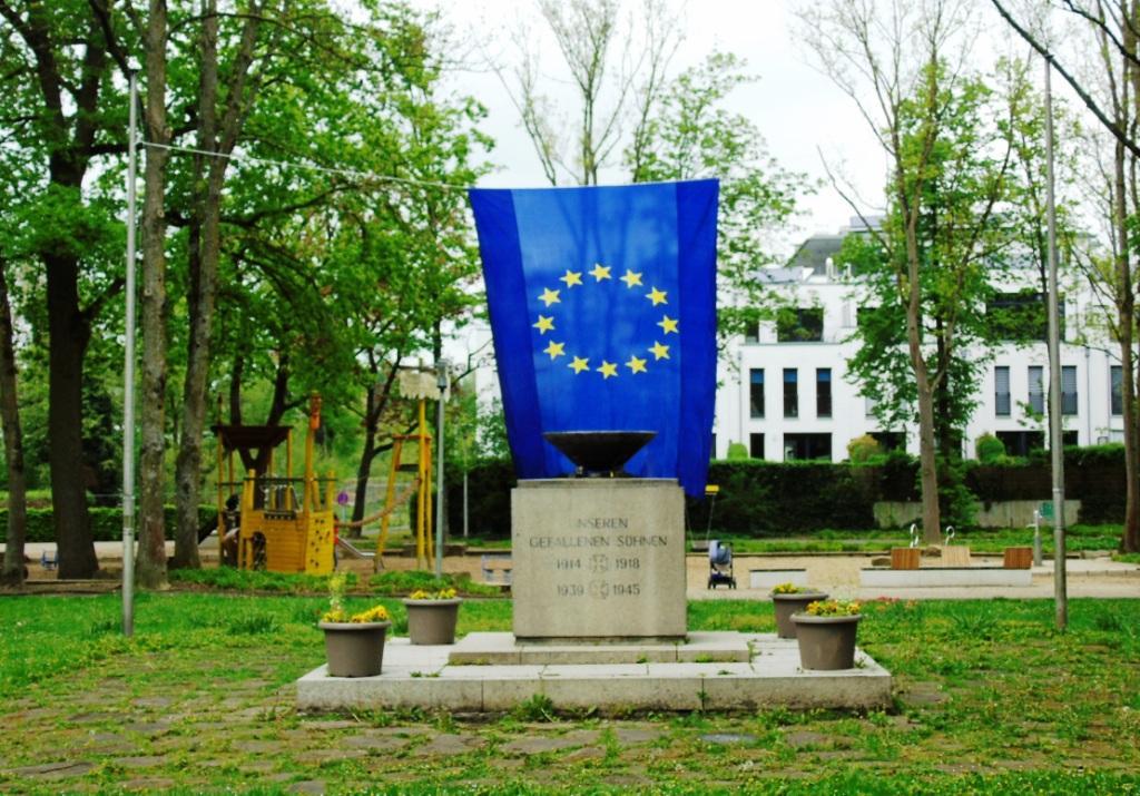 15 Europafahne im Bavierpark